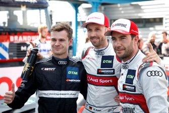 Первая тройка в квалификации: обладатель поула Рене Раст, Audi Sport Team Rosberg, Джонатан Абердин, Audi Sport Team WRT, и Майк Роккенфеллер, Audi Sport Team Phoenix