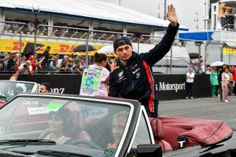 Max Verstappen, Red Bull Racing, lors de la parade des pilotes