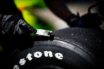 Simon Pagenaud, Team Penske Chevrolet Firestone tire