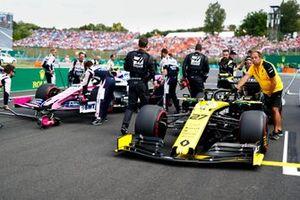 Nico Hulkenberg, Renault F1 Team R.S. 19, arriva sulla griglia