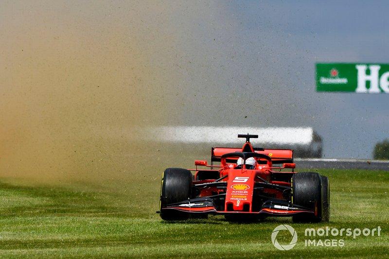 Sebastian Vettel, Ferrari, va largo