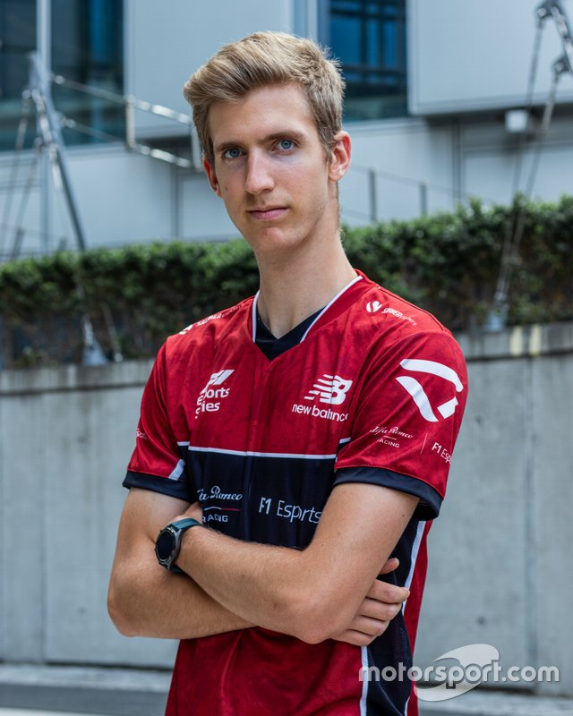 Bereznay Dániel, Alfa Romeo eSport Team