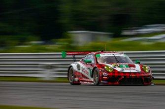 #9 PFAFF Motorsports Porsche 911 GT3 R, GTD: Dennis Olsen, Zacharie Robichon