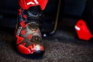 Фабио Куартараро, Petronas Yamaha SRT: гоночные ботинки