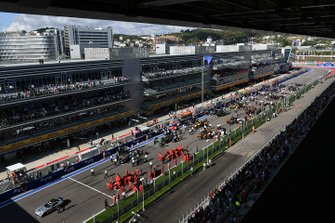 The busy pre race grid begins to clear