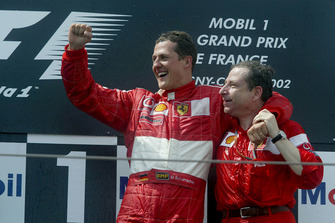 Подиум: победитель гонки Михаэль Шумахер и Жан Тодт, Ferrari