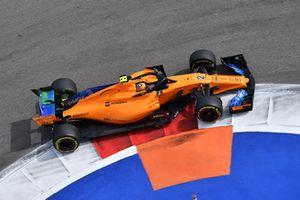 Stoffel Vandoorne, McLaren MCL33 avec de la peinture aérodynamique
