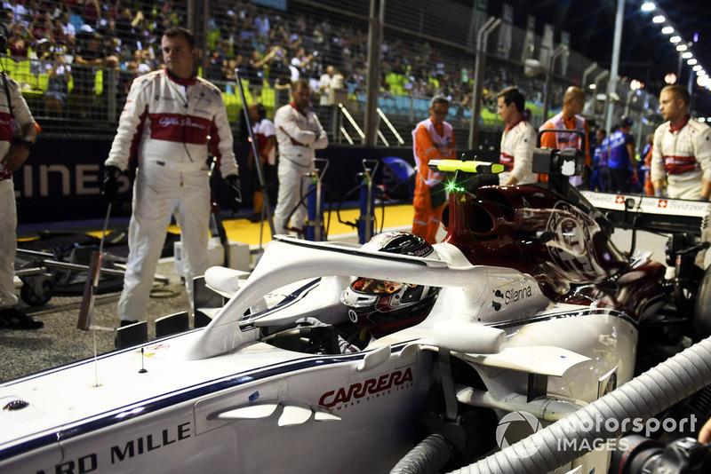 Charles Leclerc, Sauber C37, na polach startowych