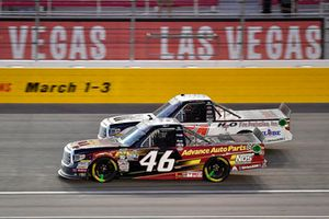 Riley Herbst, Kyle Busch Motorsports, Toyota Tundra Advance Auto Parts and Chris Eggleston, DGR-Crosley, Toyota Tundra H2O Fire Protection