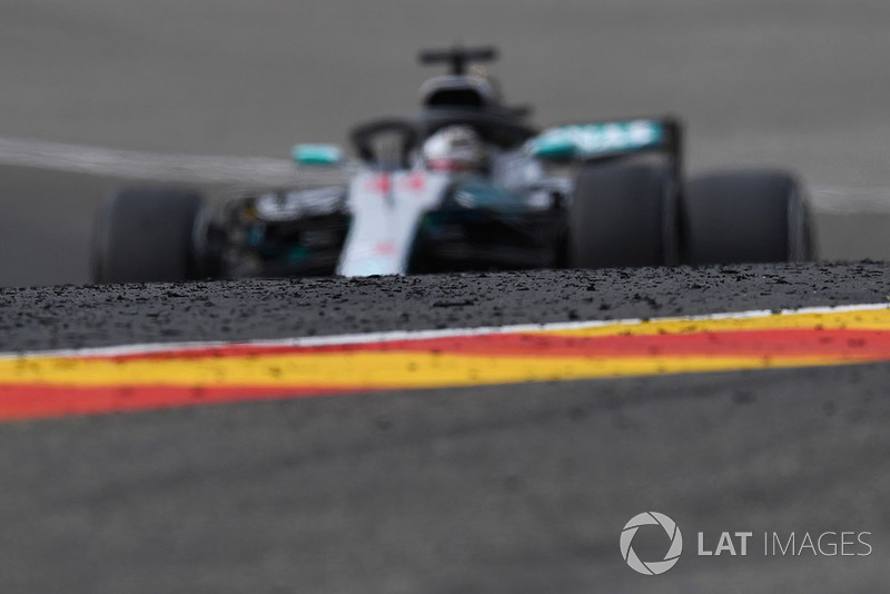 Lewis Hamilton, Mercedes AMG F1 W09 and marbles