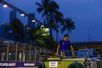 Brendon Hartley, Toro Rosso, lors de la parade des pilotes