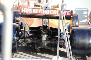Detalle trasero del McLaren MCL35
