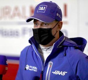 Mick Schumacher, Haas VF-21