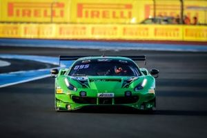 #95 Rinaldi Racing Ferrari 488 GT3: Christian Hook, Manuel Lauck, David Perel