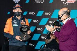 Raul Fernandez, Red Bull KTM Ajo, Carmelo Ezpeleta, CEO Dorna Sports