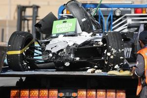 The damaged car of Edoardo Mortara, Venturi Racing, Silver Arrow 02, on a truck after his crash