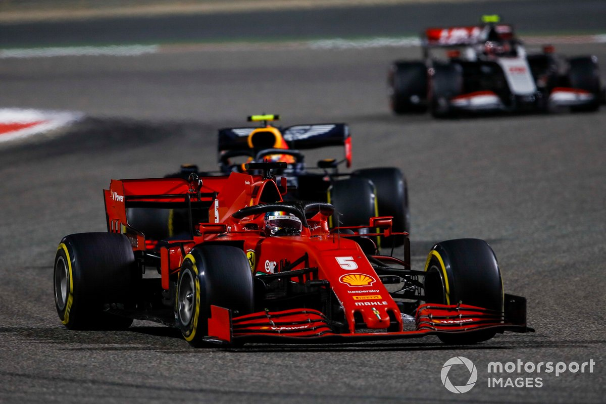 Sebastian Vettel, Ferrari SF1000, Alex Albon, Red Bull Racing RB16