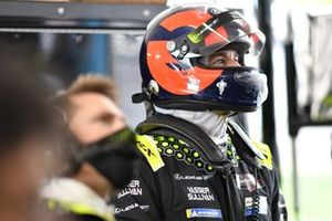 #14: Vasser Sullivan Lexus RC F GT3, GTD: Oliver Gavin