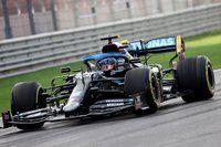 Tujuh Mahkota Luar Biasa Lewis Hamilton