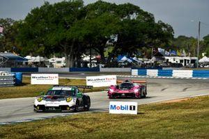 #88 Team Hardpoint EBM Porsche 911 GT3R, GTD: Katherine Legge, Christina Nielsen