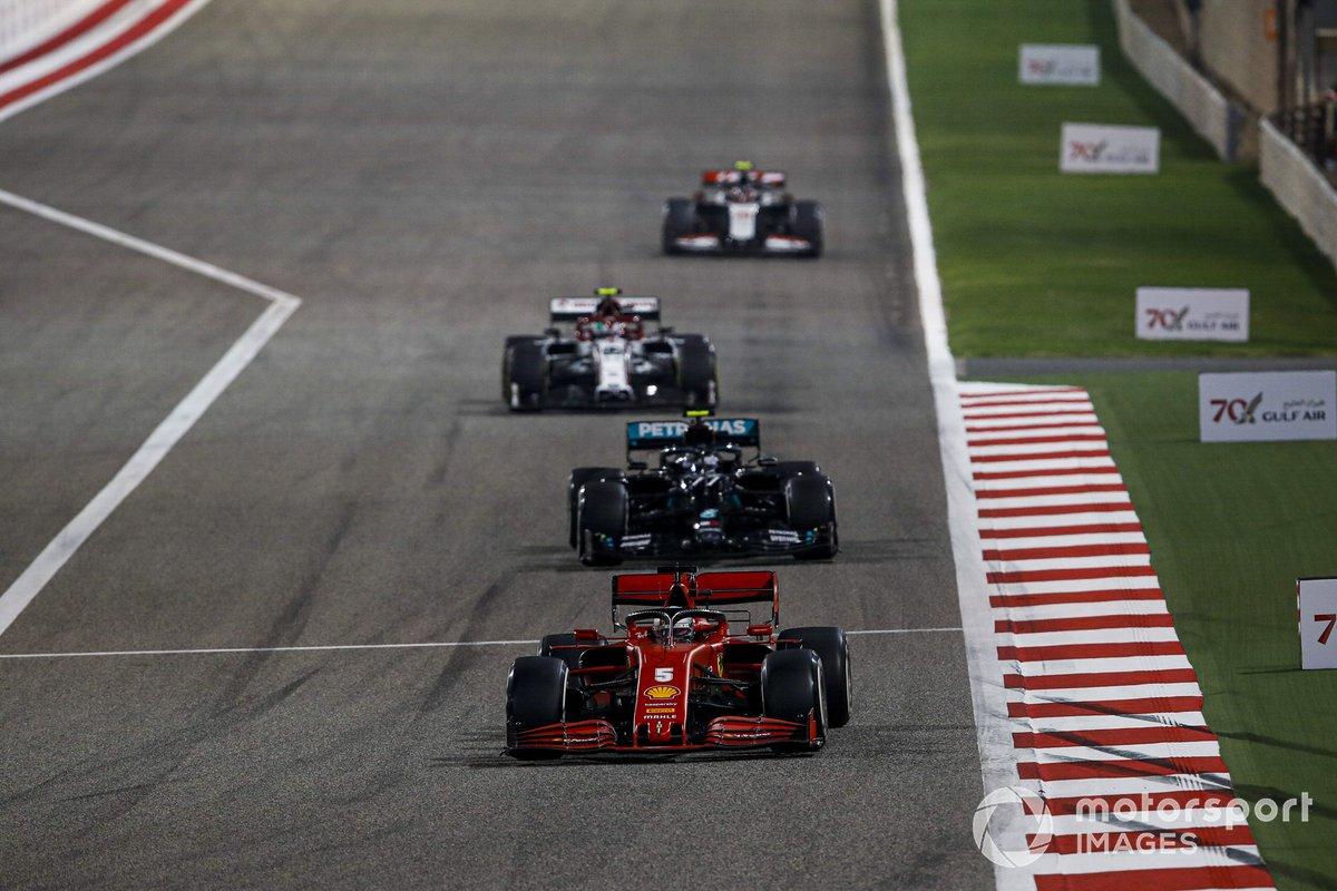 Sebastian Vettel, Ferrari SF1000, Valtteri Bottas, Mercedes F1 W11, Antonio Giovinazzi, Alfa Romeo Racing C39, e Kevin Magnussen, Haas VF-20