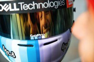 Daniel Ricciardo, McLaren's new helmet