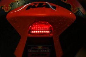 Regenlicht an einem Moto3-Bike