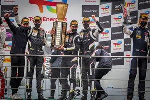 Podium: Race winner #51 Iron Lynx Ferrari 488 GT3: Alessandro Pier Guidi, Nicklas Nielsen, Côme Ledogar