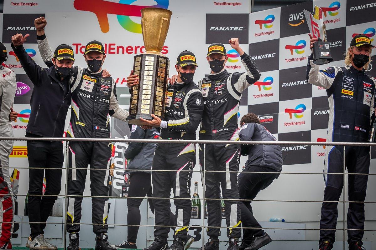 Podio: il vincitore della gara #51 Iron Lynx Ferrari 488 GT3: Alessandro Pier Guidi, Nicklas Nielsen, Côme Ledogar