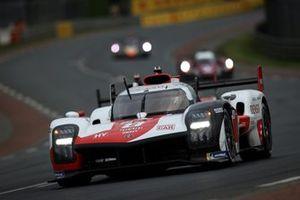 #8 Toyota Gazoo Racing Toyota GR010 - Hybrid Hypercar, Sébastien Buemi, Kazuki Nakajima, Brendon Hartley
