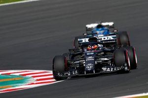 Yuki Tsunoda, AlphaTauri AT02, Fernando Alonso, Alpine A521