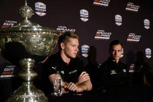Josef Newgarden, Team Penske Chevrolet, Alex Palou, Chip Ganassi Racing Honda, Astor Cup