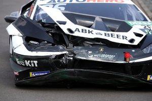 Crashed car of Esmee Hawkey, T3-Motorsport Lamborghini Huracan Evo GT3