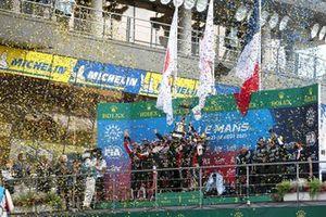 Confetti on the podium