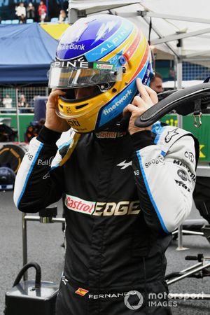 Fernando Alonso, Alpine F1, on the grid