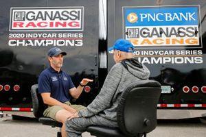 Robin Miller and Jimmie Johnson, Chip Ganassi Racing Honda