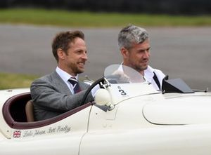 Homenaje a Stirling Moss Jenson Button Ant Anstead