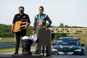 Zoltan Zengő, Director del equipo Zengő Motorsport X CUPRA, Mikel Azcona, Zengő Motorsport X CUPRA