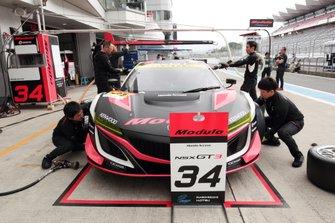 #34 Modulo Drago Corse Honda NSX GT3 Evo pit stop practice