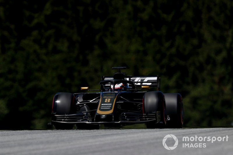 11: Romain Grosjean, Haas F1 Team VF-19, 1'04.490
