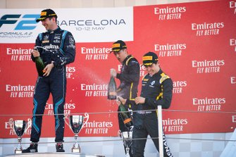 Podium: race winner Nicholas Latifi, Dams, second place Jack Aitken, Campos Racing, third place Guanyu Zhou, Uni Virtuosi Racing