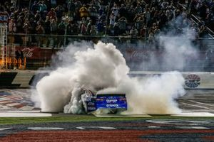 Race Winner Martin Truex Jr., Joe Gibbs Racing, Toyota Camry Bass Pro Shops / TRACKER ATVs & Boats / USO