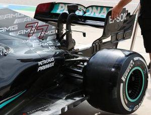 Детали задней части Mercedes W12