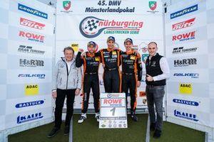 VLN/NLS-Champion 2021: #1 Adrenalin Motorsport Team Alzner Automotive BMW 325i: Danny Brink, Philipp Leisen
