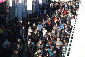 BTCC Fans and crowd at Donington