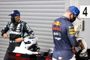 Max Verstappen, Red Bull Racing and Valtteri Bottas, Mercedes-AMG F1 in Parc Ferme