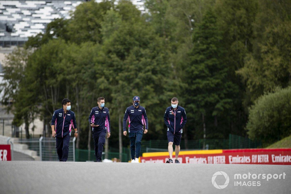 Lance Stroll, Racing Point, recorre la pista de Spa