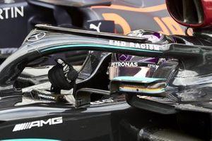 Lewis Hamilton, Mercedes-AMG F1, ganador llega al Parc Ferme
