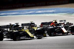 Daniel Ricciardo, Renault F1 Team R.S.20, Alex Albon, Red Bull Racing RB16, Esteban Ocon, Renault F1 Team R.S.20 al inicio