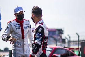 #91 Porsche GT Team Porsche 911 RSR: Richard Lietz, Gianmaria Bruni, #7 Toyota Gazoo Racing Toyota TS050: Kamui Kobayashi